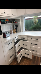 Cnr Drawer out | Master Class Cabinets